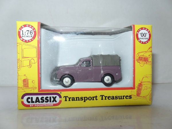 Classix EM76634 1/76 OO Scale Morris Minor 1000 Pick Up Rose Taupe w Grey Cover